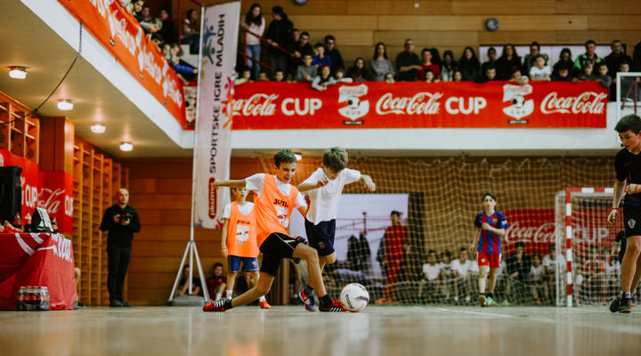 Malonogometaši iz Topuskog svečano su otvorili Coca- Cola Cup 2019.